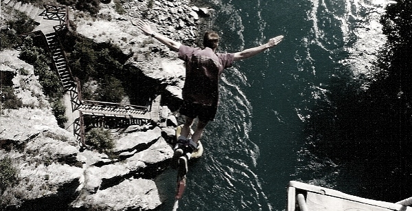 Mark Lincoln at the Kawarau Bridge Bunjy Jump in Queenstown